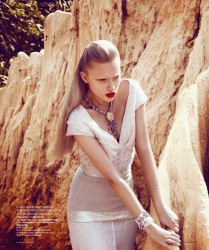 Fashion: Andrew Holden Photography: Kevin Sinclair